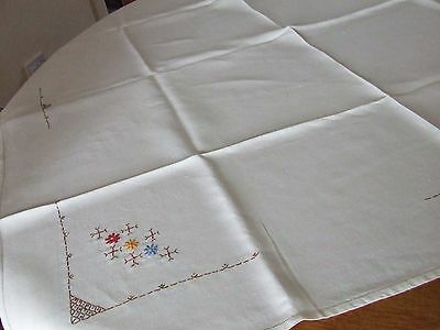 Vintage Hand Embroidered Irish Linen Table Cloth.