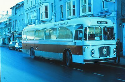DUPLICATE 35mm BUS SLIDE,  BRISTOL RE  SOUTH WALES TRANSPORT  KCY 211E