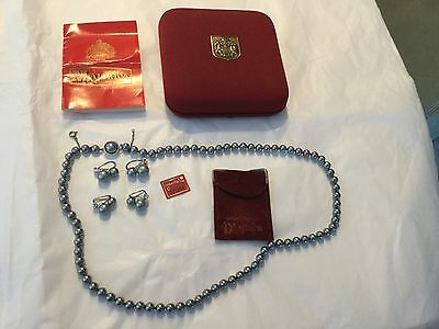 Vintage MAJORICA iridescent Gray pearl necklace two pair earrings original box