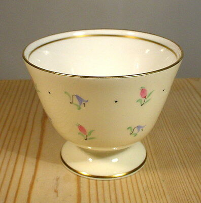 Wedgwood S123 Pink Buds & Bluebells Sugar Bowl (af)