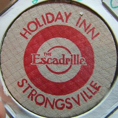 Vintage Holiday Inn Strongsville, OH Wooden Nickel Token - Ohio