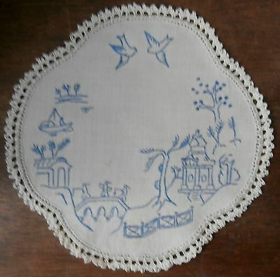 Embroidered Doily - Vintage - Willow Pattern - Small Round - Look!