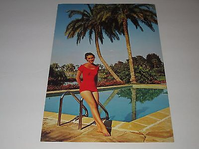 BATHING BEAUTY BY SWIMMING POOL-PALM TREES-1950s ERA GIANT POSTCARD
