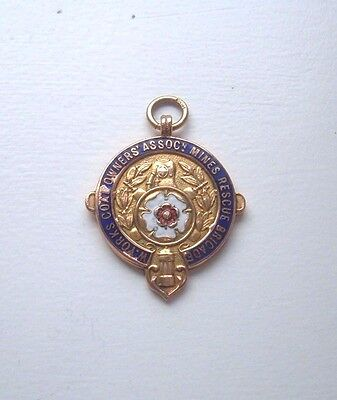 SOLID 9ct GOLD  COLLIERY MINES RESCUE MEDAL WEST YORKSHIRE  IN BOX OF iSSUE 1939