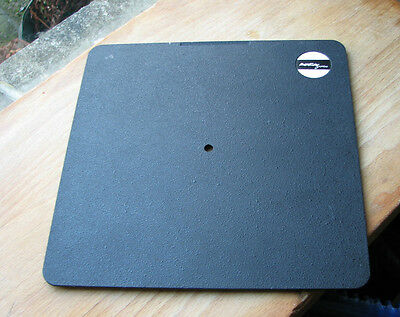 Arca Swiss  171mm x 171mm  lens board panel cover (ridged) with pilot hole