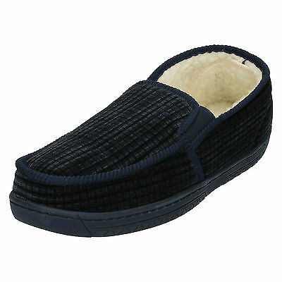 WHOLESALE Mens Slippers / Sizes 6x12 / 10 Pairs / W15-185