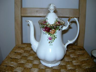 Royal Albert Old Country Roses Coffee Pot set