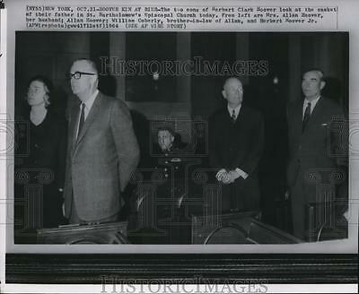 1964 Wire Photo Hoover Family at funeral for former President Herbert Hoover