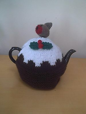 CHRISTMAS PUDDING HAND KNITTED TEA COSY  with robin and holly leaves