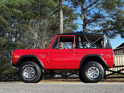 1972 Ford Bronco Early Bronco Classic Absolutely Gorgeous, Nicely Restored, 1972 Ford Bronco 302 V8 Loaded Show and Go