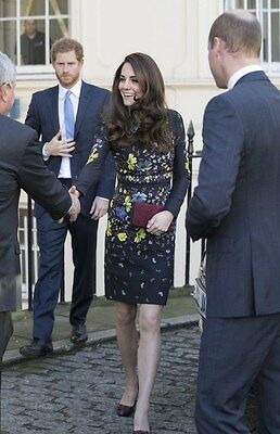 "Photograph Kate Middleton Prince William Prince Harry 5 x 7"" Photo (3)"