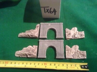 2x single tunnel  - Z scale gauge With Rock Face Side Walls, Painted & Weathered