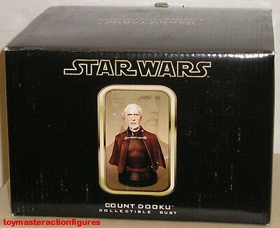 GENTLE GIANT 2002 STAR WARS (AOTC) COUNT DOOKU COLLECTIBLE MINI BUST In Stock