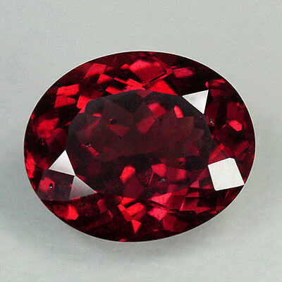 1.87Cts:Gorgeous Vivid Bright Red Hue Natural Rhodolite Garnet:Oval:2p835