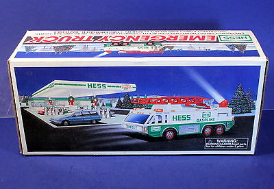 1996 Hess Gas Collector Truck - EMERGENCY VEHICLE - Siren, Search Light *New*