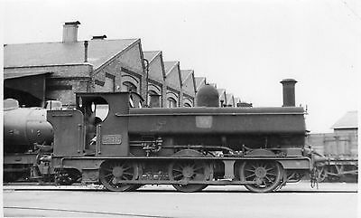Photo GWR 0-6-0T No 2148 at Swindon works yard in June 1953
