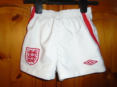 Childs white and red ENGLAND football team shorts, UMBRO, 2-3 years, excellent