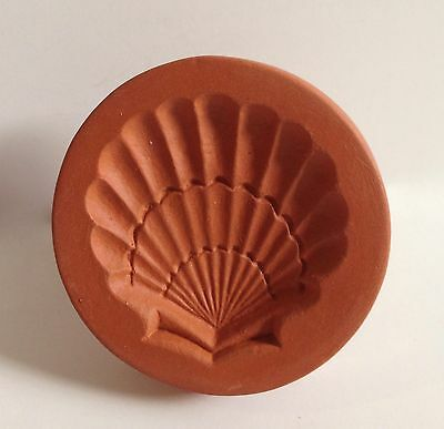 Rycraft Seashell Glazed Handle Cookie Stamp with Round Tin Biscuit Cutter