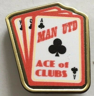 Manchester  United   ACE OF CLUBS  FOOTBALL INSERT METAL BADGE