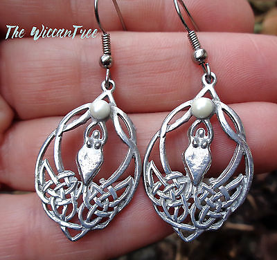 Goddess Celtic Knots Earrings with Pearl Wiccan Witchcraft Jewelry