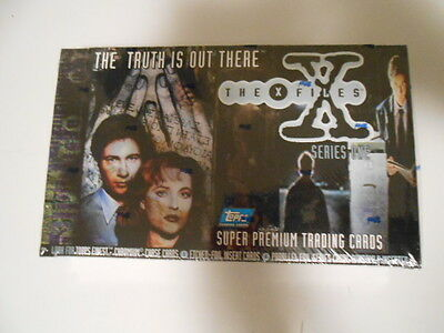 X-Files TV series 1 cards rare factory sealed 36 packs box 1995