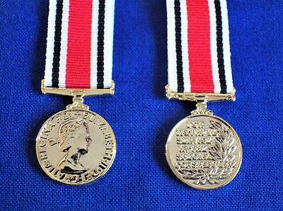 Special Constabuarly Long Service Good Conduct ( Lsgc ) Medal Miniature Medal