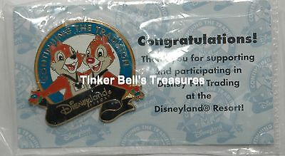 DISNEY Pin - Chip & Dale - DLR Continuing the Tradition 2003