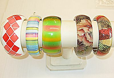 *vintage* Lucite Multi Colours + 1 Skin Or Faux  Bangle Collection 5 Wow