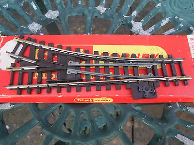 Triang / Hornby HO / OO  Hand Operated Points Track Section R.490 L/H