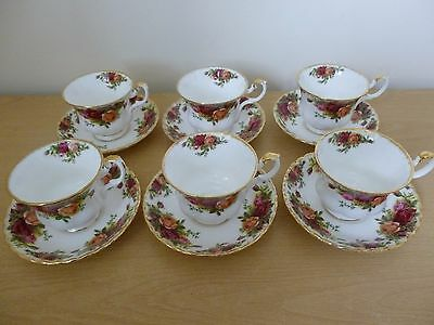 6 Royal Albert Old Country Roses Cups & Saucers - 1st Quality - Vintage