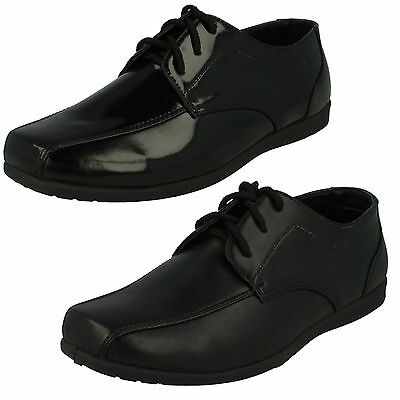 WHOLESALE Boys Smart Shoes / Sizes 10x4 / 16 Pairs / N1110