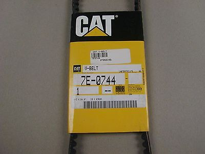 Caterpillar V-Belt Part# 7E-0744 New In Package