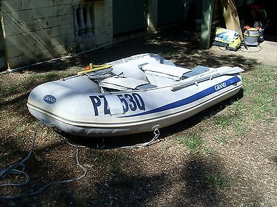 inflatable boat (grand) 2006 model can take 4 people and a 15 hp