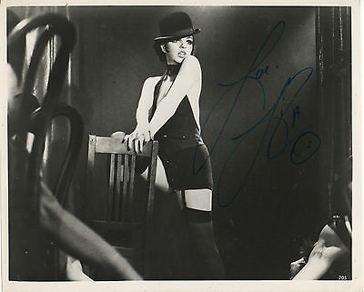 LIZA MINNELLI 'CABARET' HAND SIGNED AUTOGRAPHED 8x10 PHOTO
