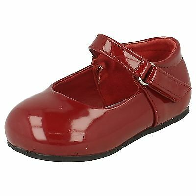 WHOLESALE Girls Patent Dolly Shoes / Sizes 4x10 / 16 Pairs / H2344