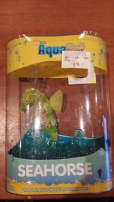 HEXBUG AquaBot Yellow Seahorse Single Smart Fish Technology New hex bug