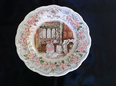 "ROYAL DOULTON BRAMBLY HEDGE ""THE DAIRY"" 8.0 inch PLATE - JILL BARKLEM -"