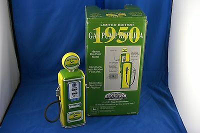 Gearbox Collectible Limited Edition John Deere Gas Pump Bank
