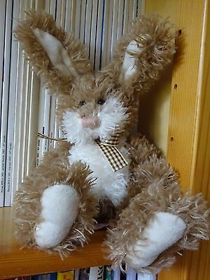 LAPIN PELUCHE BEIGE  33 CM RUSS BERRIE & co COLLECTION DOUDOU SON NOM : BRADLEY
