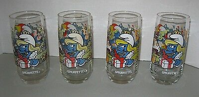 SET OF 4 SMURFS DRINKING GLASSES ~ PEYO Wallace Berrie & Co 1983 ~ SMURFETTE