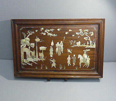 Chinese Antique Rosewood Tray inlaid mother of Pearl Warrior Scene 19th century