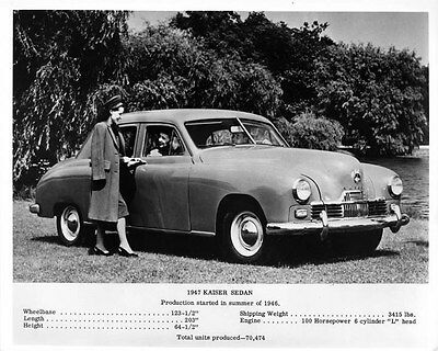 1947 Kaiser Sedan ORIGINAL Factory Photo oae4148