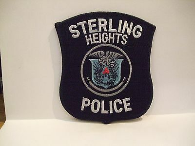 police patch  STERLING HEIGHTS POLICE MICHIGAN