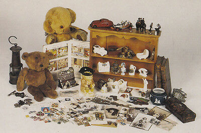 Teddy Bears that are Antique Collectors Childrens Limited Edition Postcard