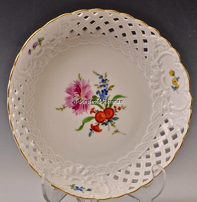 """Meissen SCATTERED FLOWERS Reticulated Bowl 8 1/2"""" CROSSED SWORDS Perfect"""