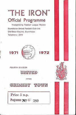 Football Programme SCUNTHORPE UNITED v GRIMSBY TOWN Oct 1971