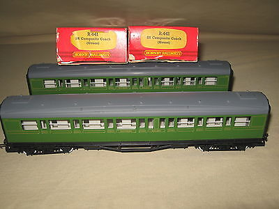 Hornby Oo Scale R441 Composite Coach - Green - Lot Of 2 -  Mint
