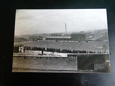 """DUNDEE UNITED  GROUND  MATCH ACTION  1950s ?    6""""x4""""  Photo REPRINT"""