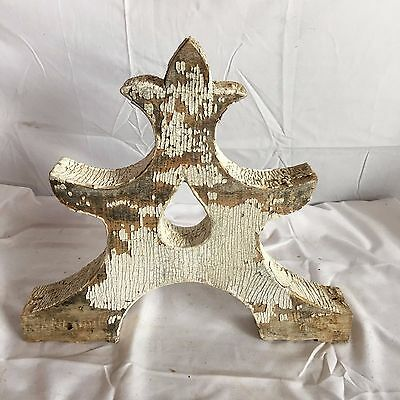 One(1) 1890's Antique Victorian Porch Finial Gingerbread Crusty White 64-17