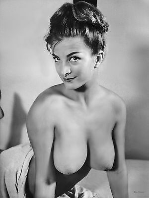 1960s Huge Breasts Pinup Model Taylor 8 x 10 Photograph